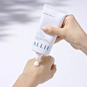Allie Extra UV Gel 90gr màu xanh
