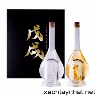 Rượu chú chó vàng – chó bạc Sake Yatsushika