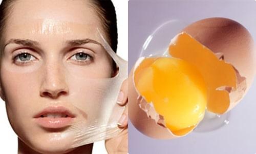 Mặt nạ Trứng gà giúp lấy đi các sợi bã nhờn, vi khuẩn, bụi bẩn trong các nang lông