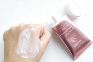 Kem chống nắng Senka hồng White Beauty CC 40g