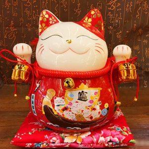 Mèo Thần Tài đỏ giơ 2 tay - Đa Phú Quý