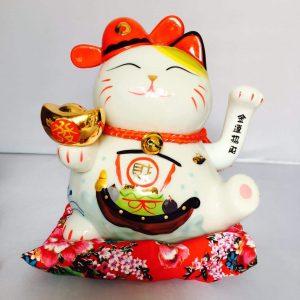 Mèo thần tài Thuận buồm xuôi gió: