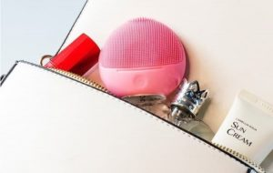 Cách sử dụng máy rửa mặt Halio Facial Cleansing & Massaging