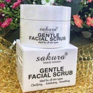 Review của khách hàng về kem tẩy tế bào chết Sakura Gentle Facial Scrub