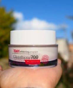 Kem 7 Day Whitening Program Glutathione 700 V-cream có tốt không?