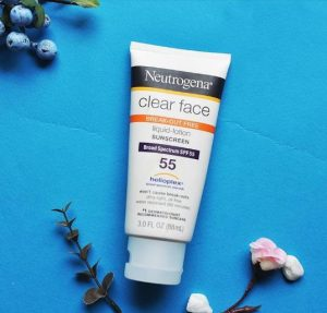 Kem chống nắng Neutrogena Clear Face Break-out Free Liquid Lotion SPF 55