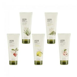 REVIEW - Sữa rửa mặt Herb Day 365 The Face Shop có tốt không? 1