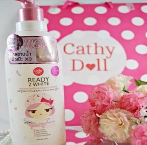 Sữa tắm trắng da Ready 2 White Cathy Doll One Day Whitener Body Cleanser 450ml