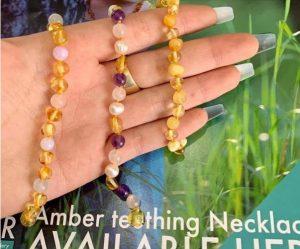 Ai nên sử dụng vòng hổ phách Amber Australia?