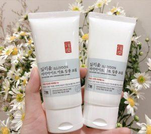 Review kem dưỡng ILLIYOON dưỡng ẩm cho mặt và body 2