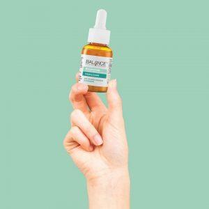 Tinh chất dưỡng ẩm Balance Active Formula Niacinamide Blemish Recovery Serum có tốt không?